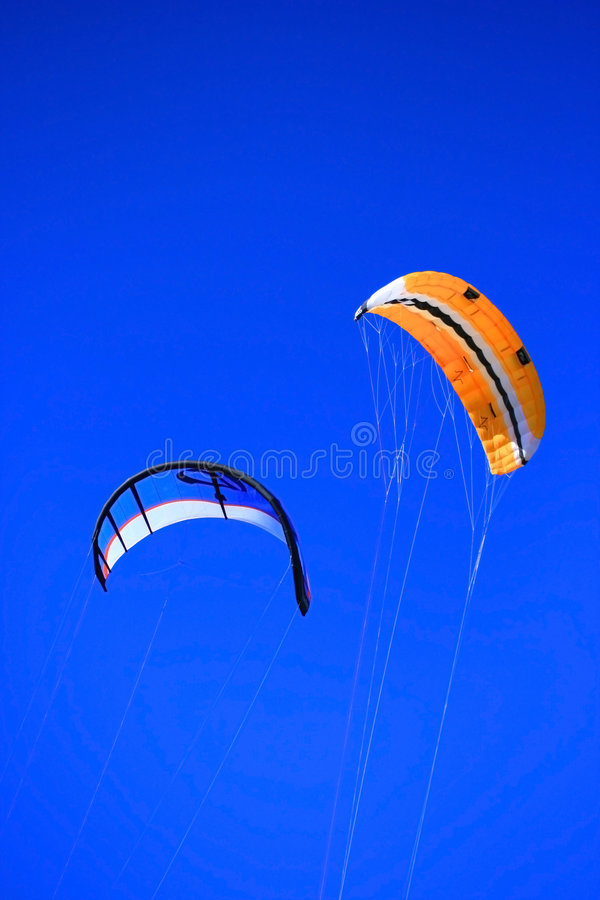 Download Twinskin and LEI kite stock image. Image of twin, floating - 2443429