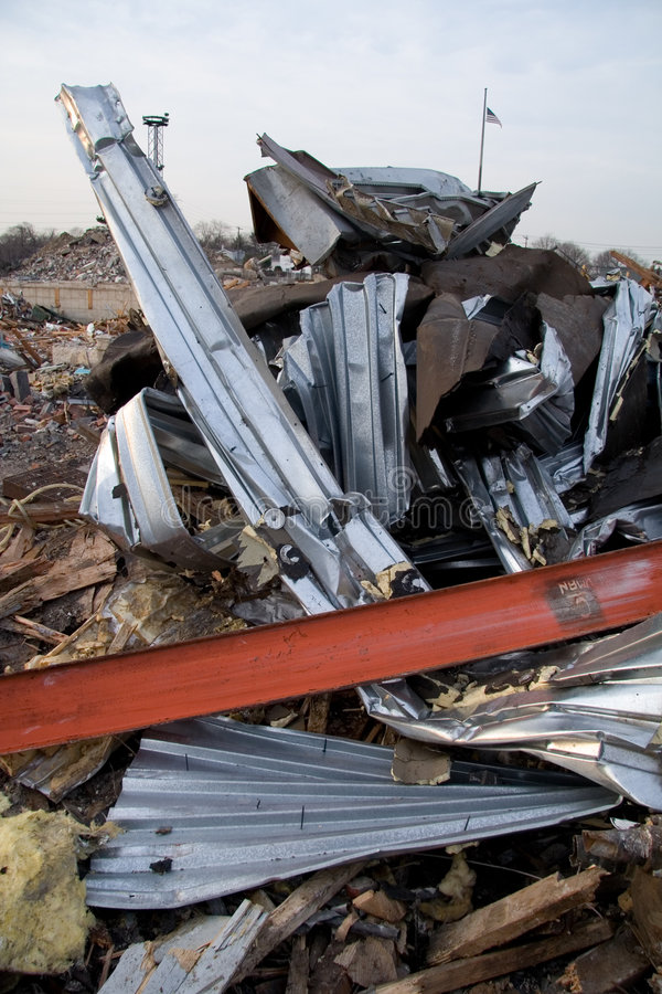Free Twisted Metal From Destroyed Building Stock Photo - 1681770