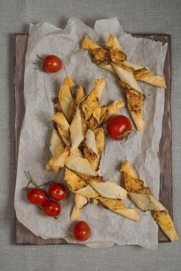 Twisters и томаты хлеба сыра стоковое изображение rf