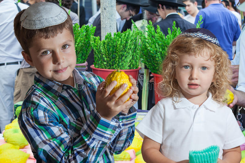Two brothers on pre-holiday market in Jerusalem stock photography