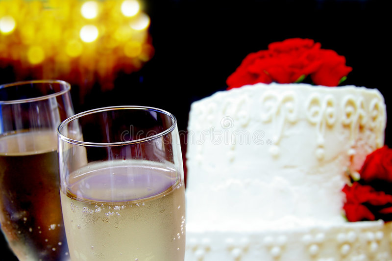 Two glasses ans cake royalty free stock photography
