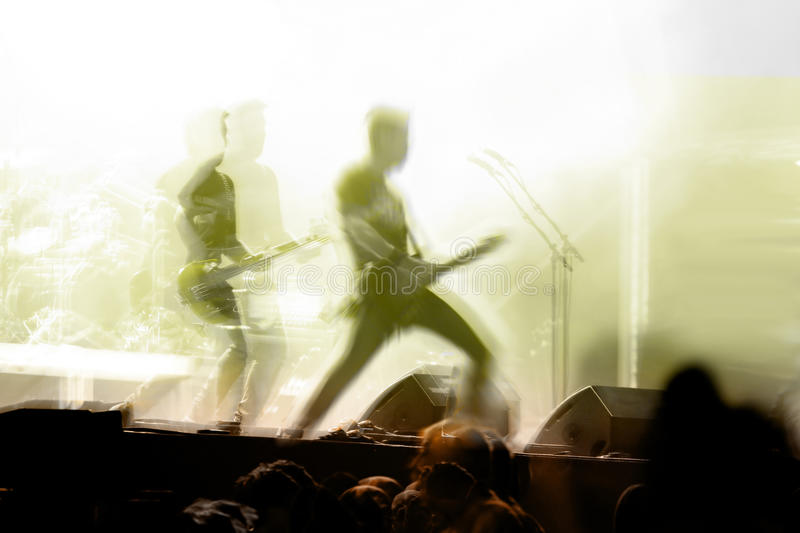 Download Guitar Solo In Concert With Crowd Royalty Free Stock Photography - Image: 29869357