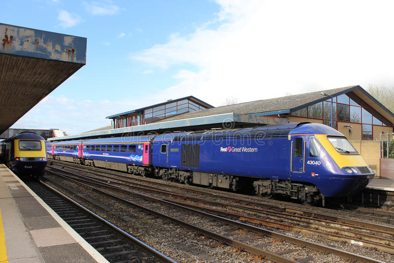 Two High Speed railway trains in Oxford station. First Great Western liveried high speed trains (HST) in Oxford railway station. Both are the first generation stock photography