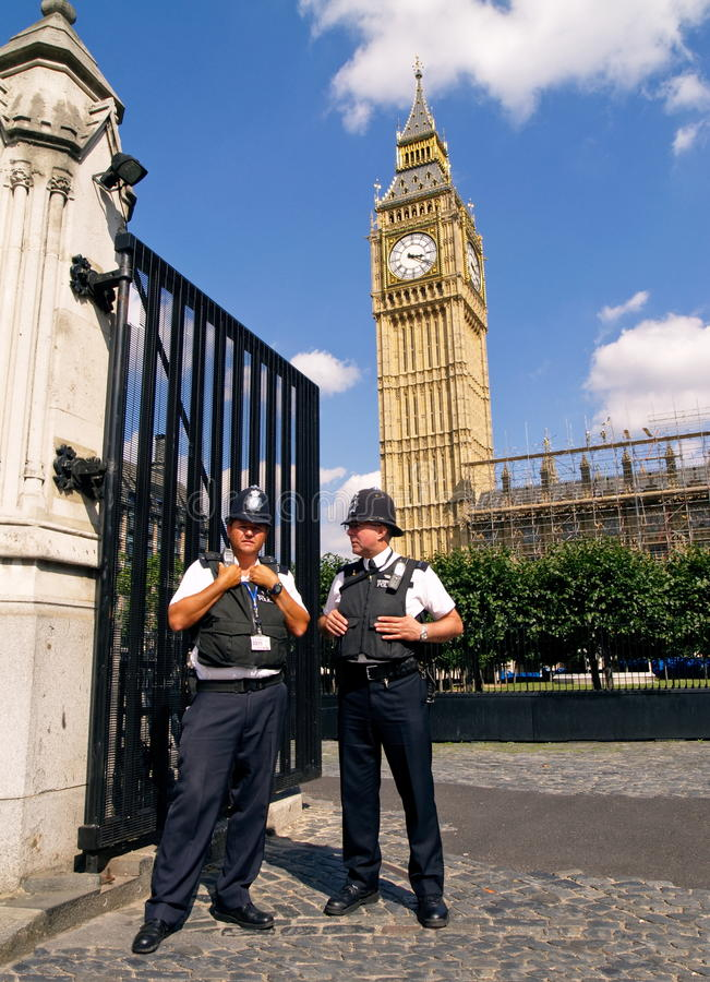 Free TWO POLICEMEN, LONDON - AUGUST 11 Stock Photography - 10618992