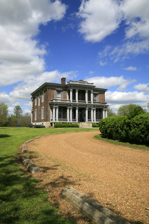 Download Two Rivers Mansion stock photo. Image of residence, tennessee - 4889722