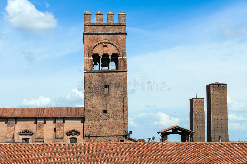 Two Towers Of Bologna In A Sunny Day Royalty Free Stock Images