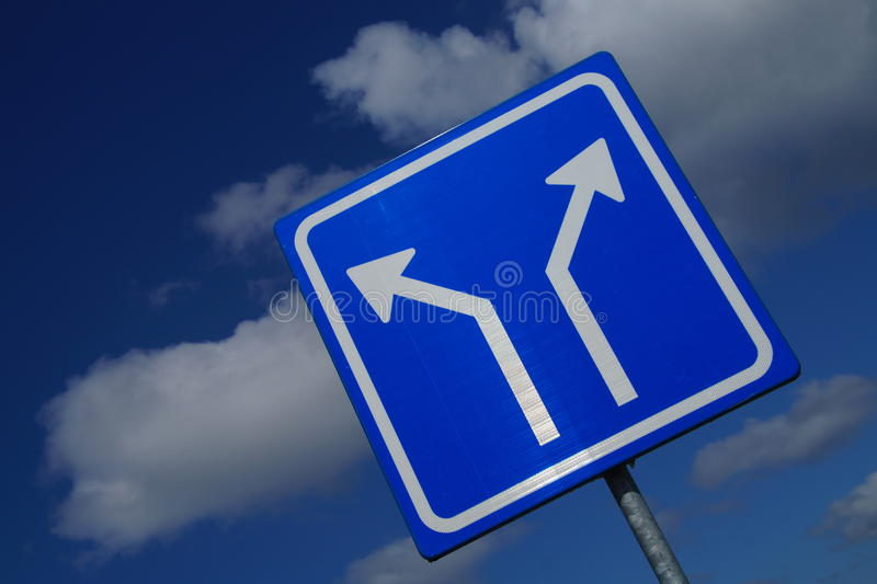 Two Way Traffic Sign- angle royalty free stock images