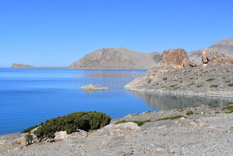 Tybet, święty Tso Nam Tso w lecie jezioro, 4718 metrów nad poziom morza miejsce władzy obraz stock