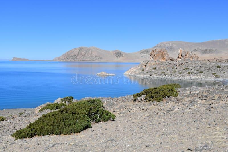 Tybet, jezioro Tso Nam Tso w lecie, 4718 metrów nad poziom morza miejsce władzy zdjęcie stock