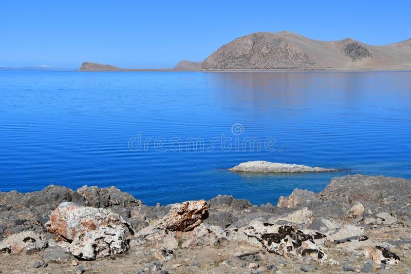 Tybet, jezioro Tso Nam Tso w lecie, 4718 metrów nad poziom morza miejsce władzy zdjęcie royalty free