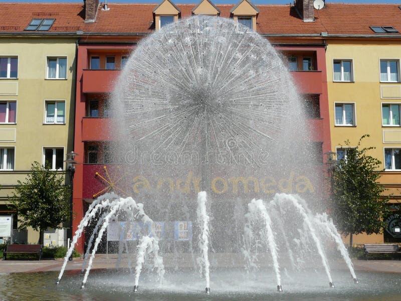 TYCHY, СИЛЕЗИЯ, ПОЛЬША - фонтан в квадрате Baczynski стоковые изображения rf