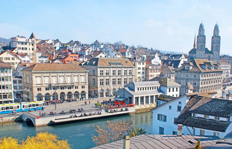 Tyck om gamla Zurich royaltyfria foton