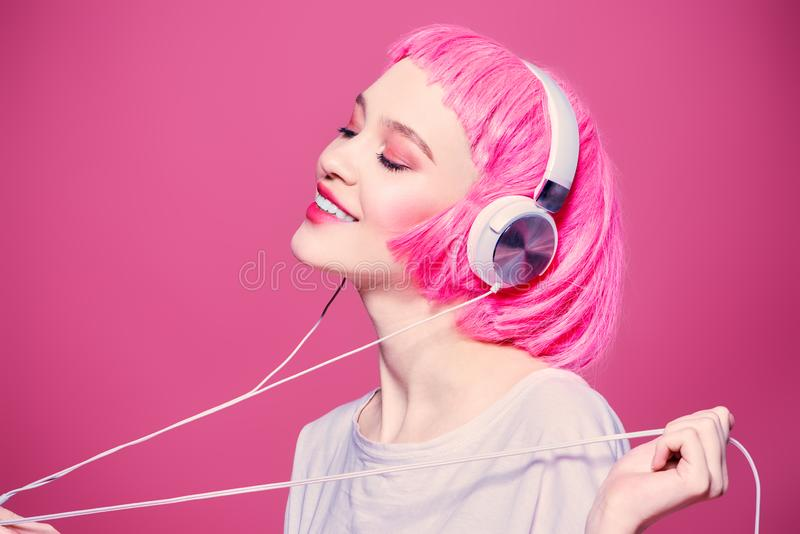 Tyck om ungdommusik royaltyfri bild