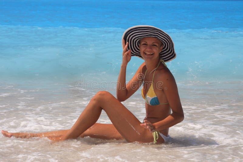 tycka om kvinnan för ionian hav royaltyfria foton