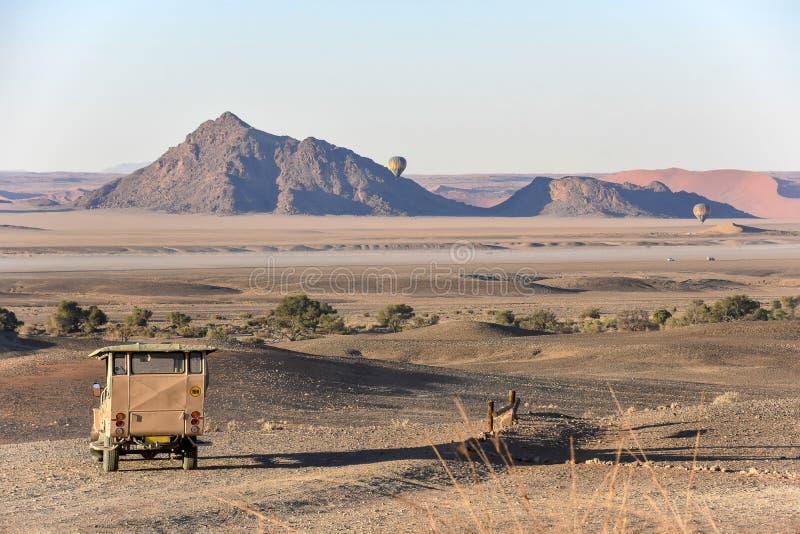 Tycka om skönheten av Namibia tidigt på morgonen på solnedgången arkivbilder