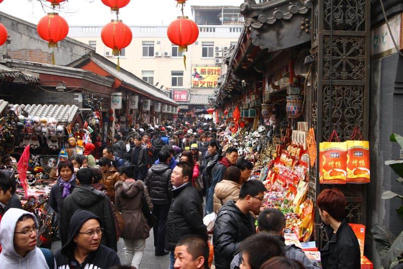 tydlig shopping för kines arkivfoto