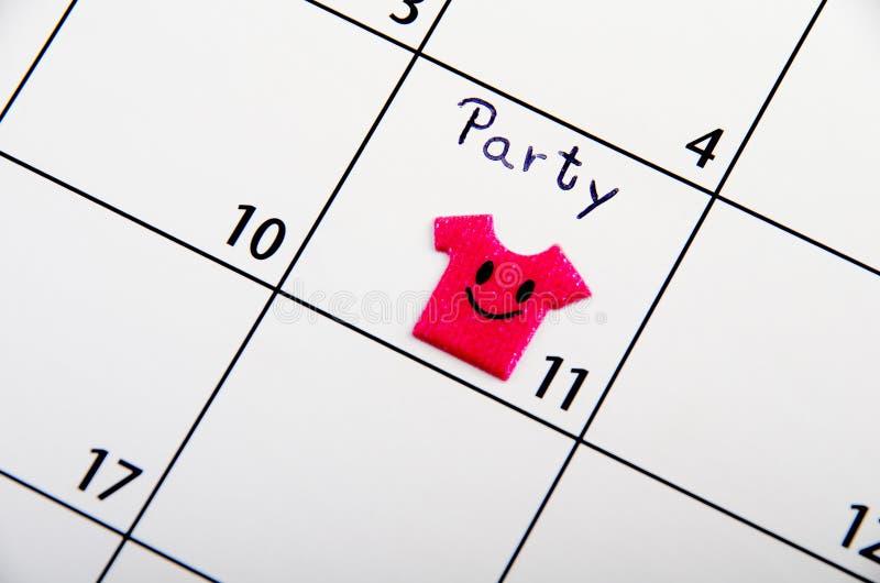 Tydligt datum för parti på en kalender. arkivbild