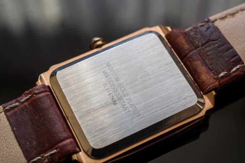 Tylna strona mężczyzna ` s Wristwatches fotografia royalty free