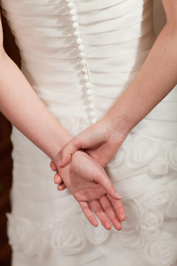 tylna suknia wręcza ślub zdjęcie stock