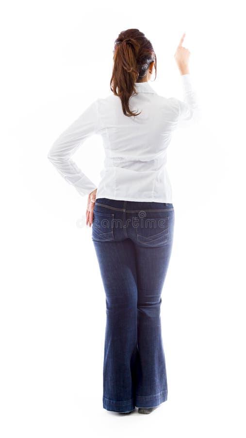 Download Tylni Widok Indiańska Młoda Kobieta Udaje Pracować Na Wirtualnym Ekranie Zdjęcie Stock - Obraz złożonej z studio, długość: 41951160