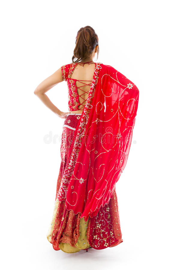 Download Tylni Widok Potomstwo Kobiety Indiańska Pozycja Z Jej Rękami Akimbo Zdjęcie Stock - Obraz złożonej z lifestyles, subkontynent: 41952376