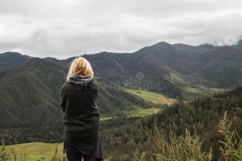 Tylny widok młoda kobieta obrazy royalty free