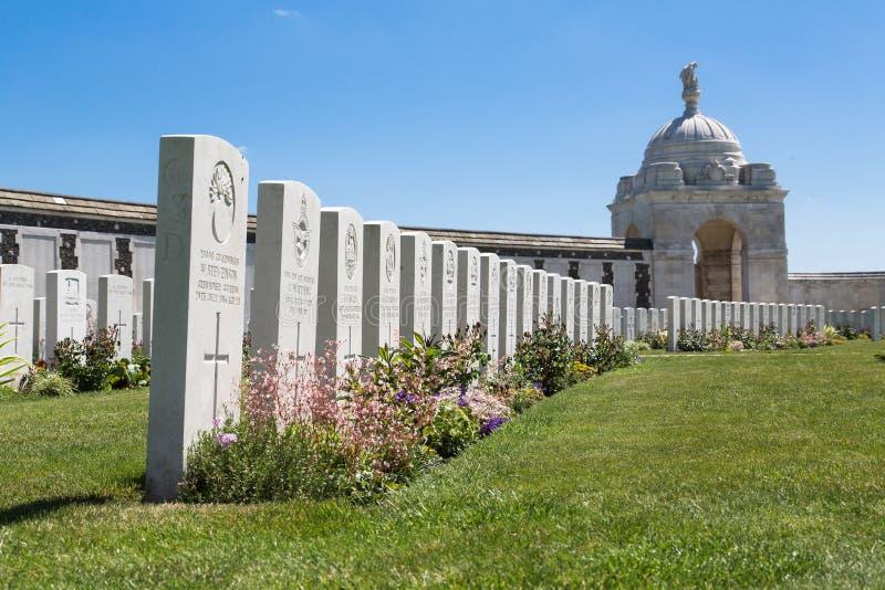 Tyne łóżka polowego cmentarz zdjęcia royalty free