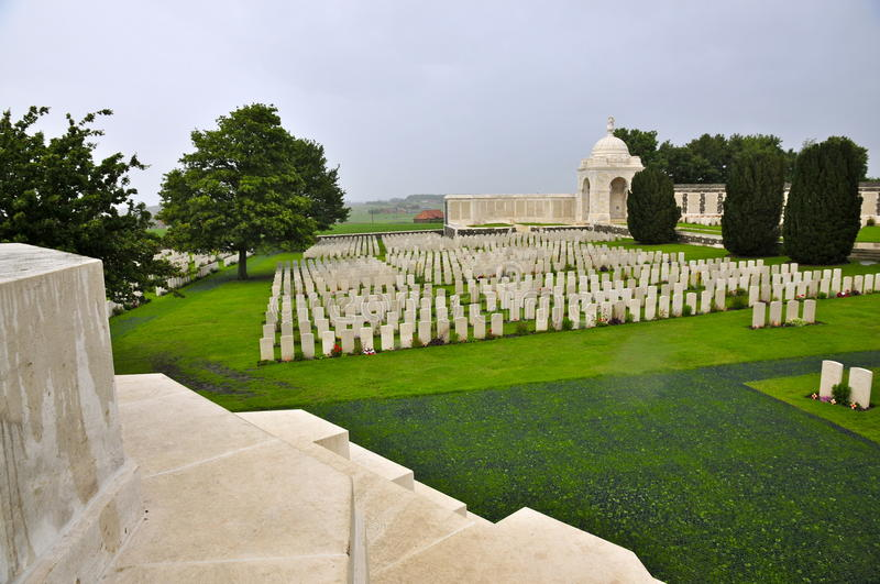 Tyne Cot Cemetery Overview imagem de stock royalty free