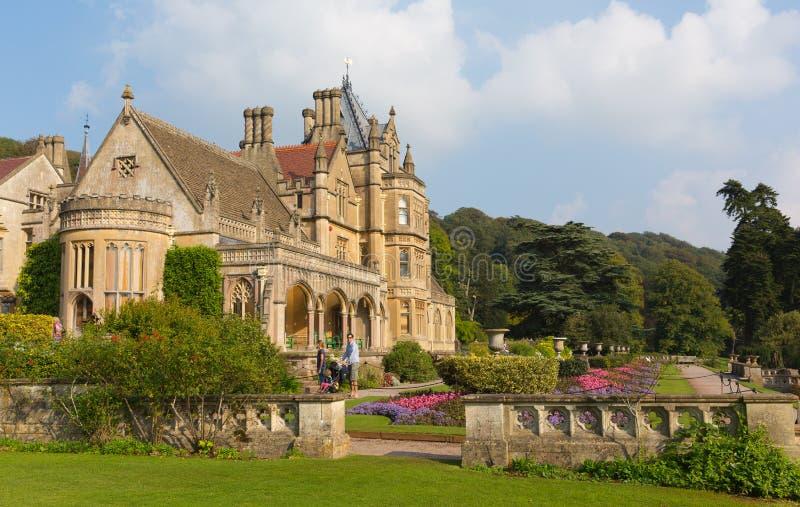 Tyntesfield hus nära Bristol den norr Somerset England UK viktorianska herrgården som presenterar härliga blommaträdgårdar arkivfoto