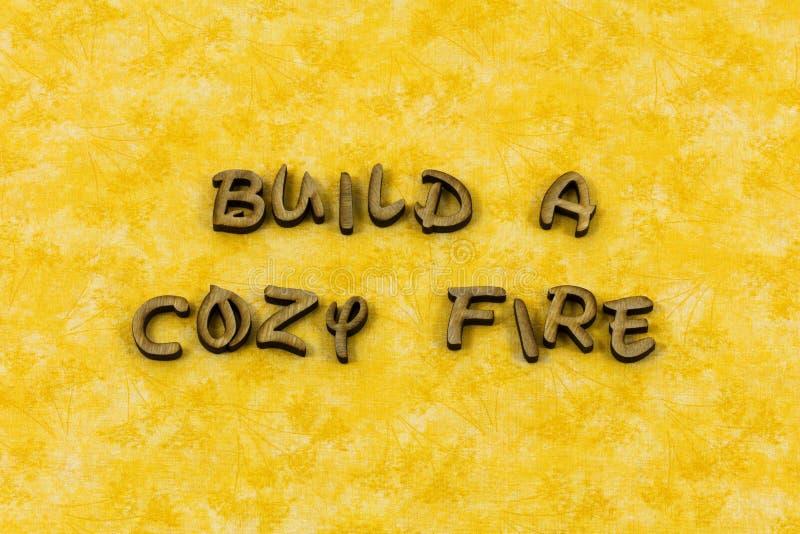 Typ för boktryck för liv för förälskelse för hemtrevlig brand för byggande välkommen hem- royaltyfria bilder