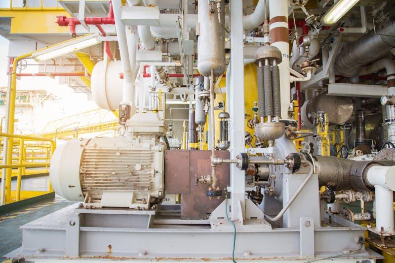 Typ för centrifugal pump som kör förbi den elektriska motorn till överföringsflytandecondensaten royaltyfria foton