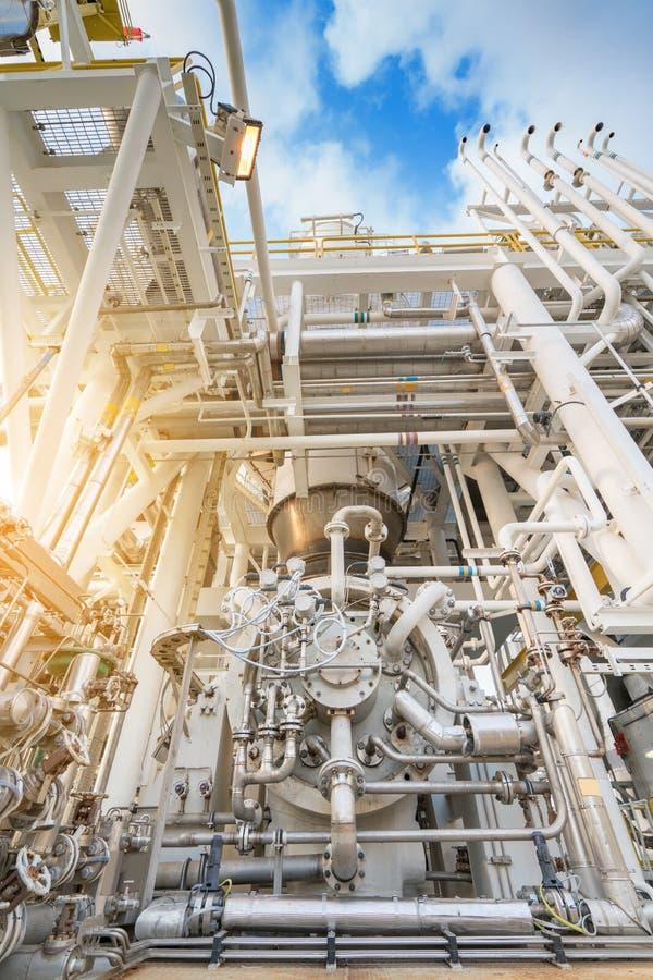 Typ för packe för kompressor för gasturbin centrifugal och mång- etapp, av kompressorn och att leda i rör för gas royaltyfri foto