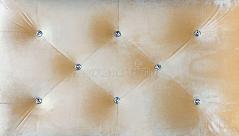 Typ weluru screed wykładający z rhinestones Beżowy styl pikujący Chesterfield tapicerowania tła zakończenie up ilustracji