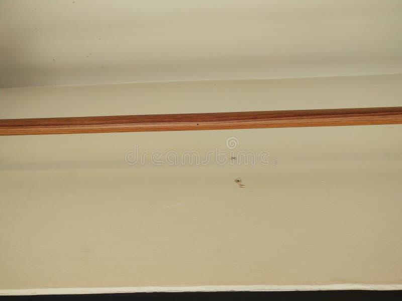 Typ zasłona poręcze które instalują po tym jak instalacja będzie imieniem przedstawienie obraz stock