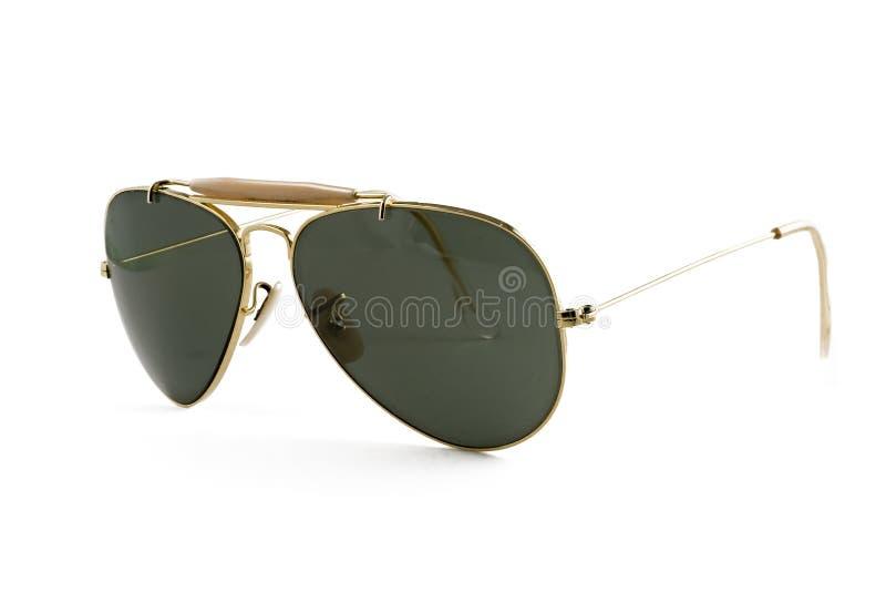 Type d'aviateur de lunettes de soleil d'isolement sur le blanc photo libre de droits