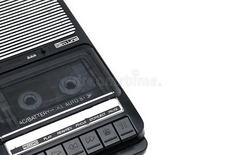 Type de bureau d'autrefois magnétophone à cassettes sur le backgr d'isolement blanc photographie stock