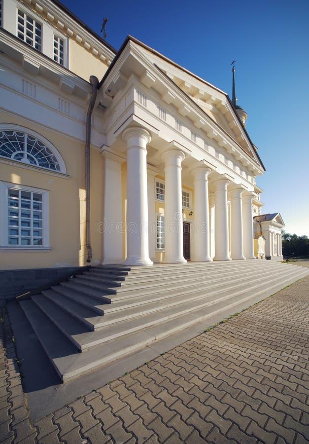 Type de classicism de cathédrale de Nevjansk photo stock