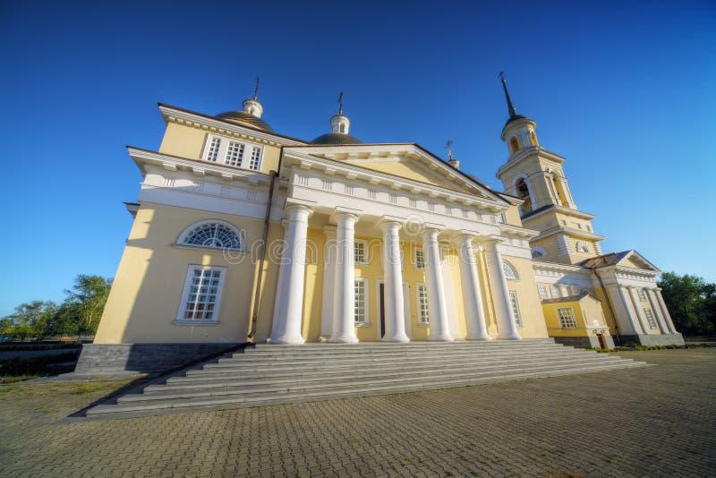 Type de classicism de cathédrale de Nevjansk images stock