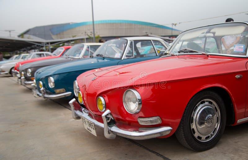 Type de VW Karmann Ghia 34 exposition lors de la réunion de club de VW images stock