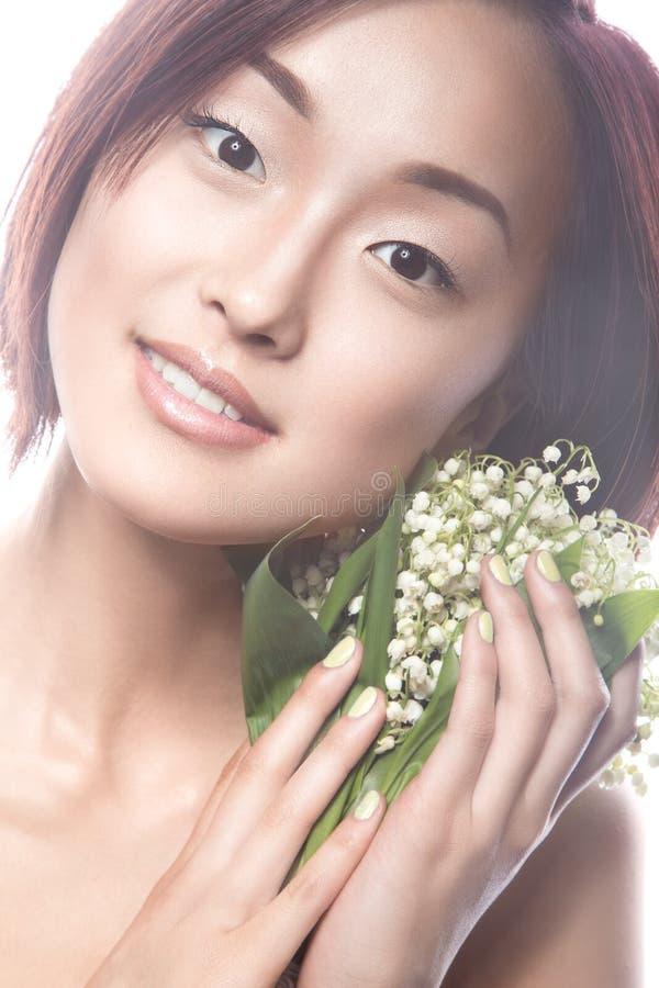 Type oriental de belle fille de mode avec sensible image libre de droits