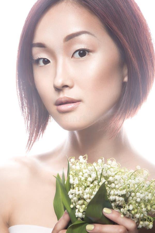 Type oriental de belle fille de mode avec sensible photos stock