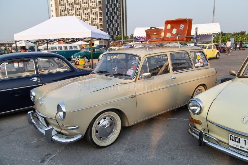 Type 3 propriétaires de VW de cru se réunissant lors de la réunion de club de volkswagen photos stock