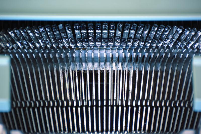 Typewriting maszyny szczegół Metali listy tworzy rząd zdjęcia royalty free