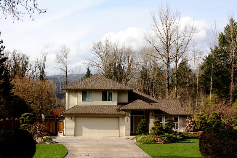 Download Typical Contemporary House In Oregon Stock Image - Image: 18955771