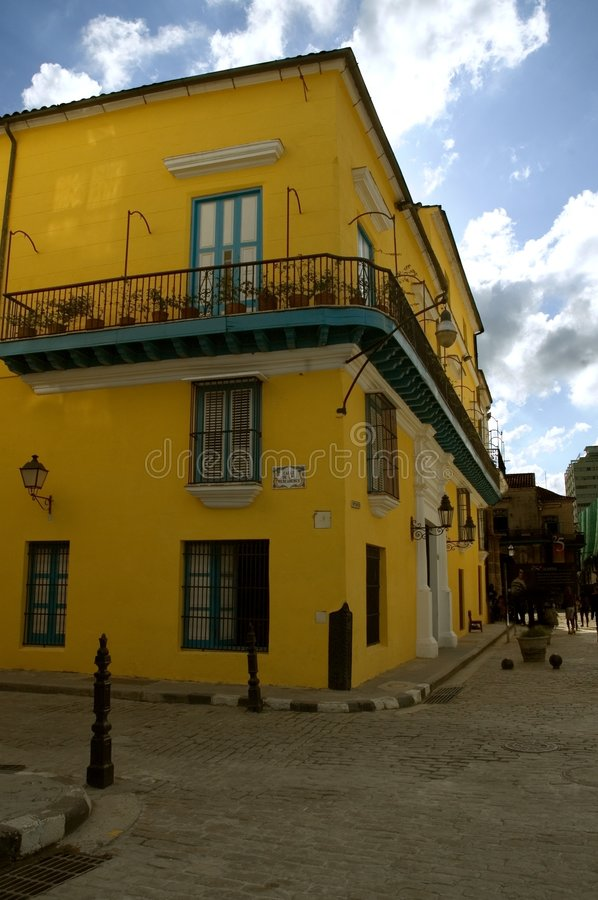 Free Typical Havana Building Stock Photography - 3659692