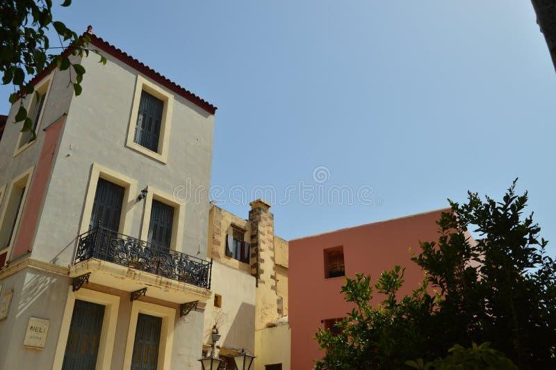 Typique vénitien de beaux bâtiments colorés dans Chania Voyage d'architecture d'histoire photo libre de droits