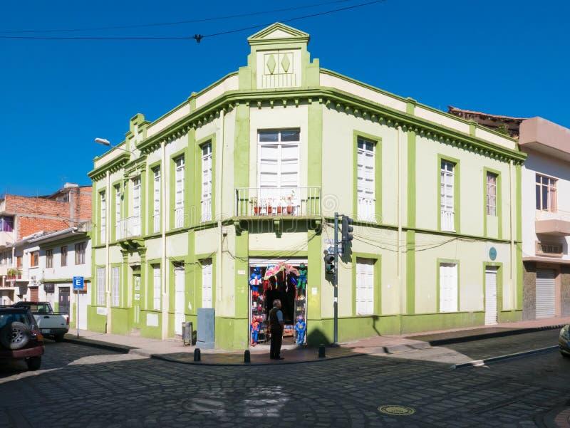 Typisch koloniaal huis van het historische centrum Cuenca Ecuador royalty-vrije stock fotografie