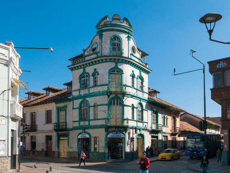Typisch koloniaal paleis van het historische centrum Cuenca Ecuador stock afbeelding