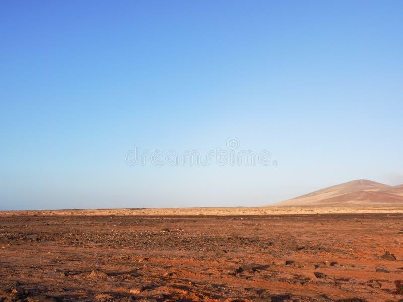 Typisch landschap van Fuerteventura, Canarische Eilanden royalty-vrije stock fotografie