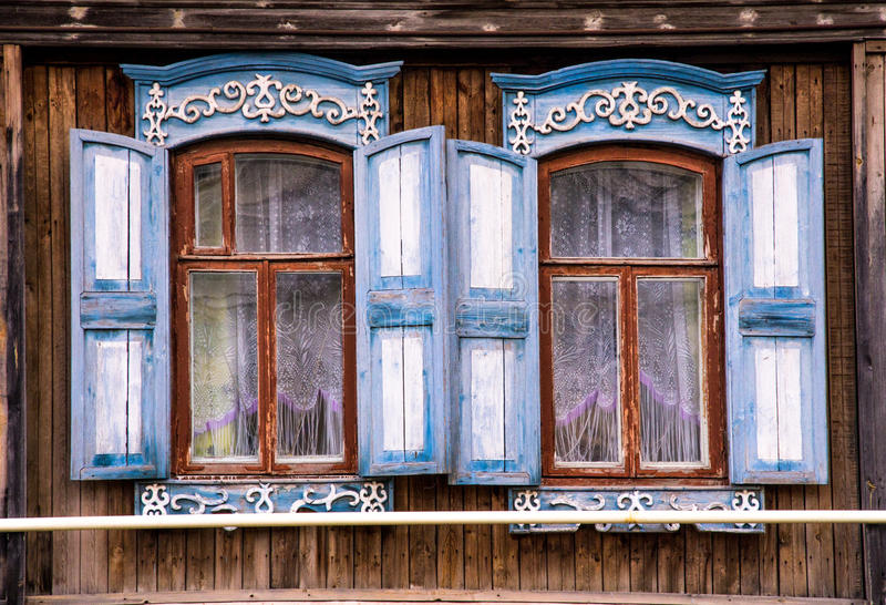 Typisch Russisch huis stock afbeeldingen